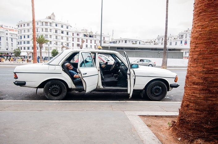 Fayssal Zaoui - Sans titre - In Motion - Photographe - Photographie - Photography - Art - Casablanca - Maroc - Morocco - Taxi - Voiture