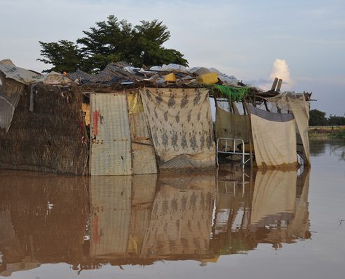 Abdoulaye Souley - Insubmersibles - Photographie - Photography - Art - Inondation - Catastrophe - Maison - Recyclage